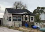 Foreclosed Home en SUMMERDALE AVE, Rockford, IL - 61101