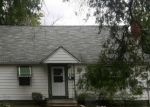 Foreclosed Home en PRINCETON AVE, Elyria, OH - 44035