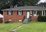 Foreclosed Home en LAKEWOOD ST, Suitland, MD - 20746