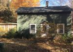 Foreclosed Home en BEECHWOOD DR, Coloma, MI - 49038