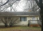 Foreclosed Home en E SAINT ANDREWS RD, Midland, MI - 48642