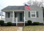Foreclosed Home en CHOWAN DR, Portsmouth, VA - 23701