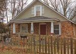 Foreclosed Home en E LYNN ST, Springfield, MO - 65802