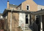 Foreclosed Home en W SAINT JOSEPH ST, Easton, PA - 18042