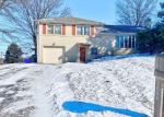 Foreclosed Home en CHAPEL DR, York, PA - 17404