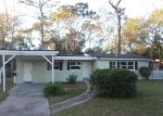 Foreclosed Home en FREDERICKSBURG AVE, Jacksonville, FL - 32208