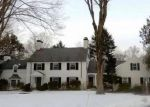 Foreclosed Home en CREST RD, Middlebury, CT - 06762