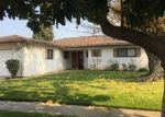 Foreclosed Home en N 6TH ST, Fresno, CA - 93726