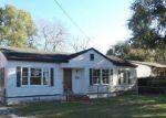 Foreclosed Home en RIVERDALE RD, Jacksonville, FL - 32210
