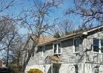Foreclosed Home en LACY AVE, Suitland, MD - 20746