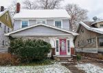 Foreclosed Home en ROBINSON AVE, Cleveland, OH - 44125