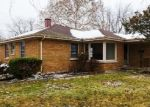 Foreclosed Home en E 160TH PL, South Holland, IL - 60473