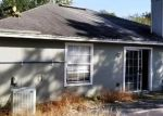 Foreclosed Home en ENDERBY AVE S, Jacksonville, FL - 32244