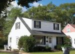 Foreclosed Home en W NEIL PL, Milwaukee, WI - 53209