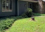 Foreclosed Home en HIGH WOOD DR, South Glastonbury, CT - 06073
