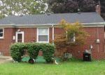 Foreclosed Home en ROSEMARY BLVD, Oak Park, MI - 48237