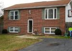 Foreclosed Home en JOHN AVE, Essex, MD - 21221