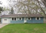 Foreclosed Home en VIRGINIA AVE N, Minneapolis, MN - 55427