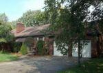 Foreclosed Home en HUNTINGTON AVE, Harper Woods, MI - 48225