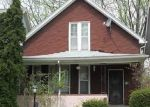 Foreclosed Home en LOUISE ST, Highland Park, MI - 48203