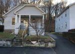 Foreclosed Home en CLARK ST, Ansonia, CT - 06401
