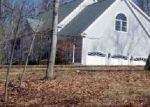 Foreclosed Home en SIEGAS RD, Burlington, CT - 06013