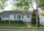 Foreclosed Home en 4TH ST, Waunakee, WI - 53597
