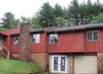Foreclosed Home en HERITAGE CT, Oakland, MD - 21550