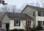 Foreclosed Home en COAL PIT HILL RD, Jewett City, CT - 06351