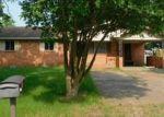 Foreclosed Home en GRACELAND DR, Newport, AR - 72112