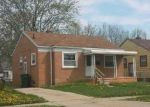 Foreclosed Home en GREGORY AVE, Lincoln Park, MI - 48146
