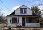 Foreclosed Home en RIVERSIDE RD, Essex, MD - 21221