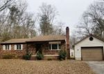 Foreclosed Home en ARMIGER DR, Pasadena, MD - 21122
