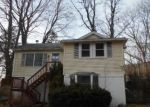Foreclosed Home in LINCOLN DR, Carmel, NY - 10512
