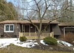 Foreclosed Home en VALLEY VIEW LN, New Milford, CT - 06776