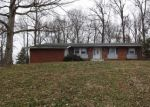 Foreclosed Home in MEADOWVIEW DR, Elizabethtown, KY - 42701