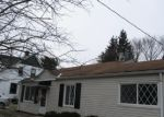 Foreclosed Home en W GLENDALE ST, Bedford, OH - 44146