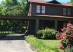 Foreclosed Home en E 15TH ST, Texarkana, AR - 71854