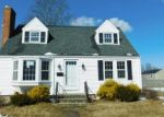 Foreclosed Home en WOODLAND ST, Manchester, CT - 06042