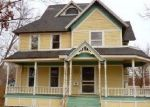Foreclosed Home en COURTLAND ST, Dowagiac, MI - 49047