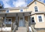 Foreclosed Home en N CHURCH ST, Berryville, VA - 22611