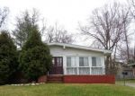 Foreclosed Home en THREE OAKS RD, Pikesville, MD - 21208