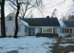 Foreclosed Home en RIDGECREST RD, Stamford, CT - 06903