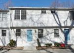 Foreclosed Home en SUMMIT ST, Manchester, CT - 06040