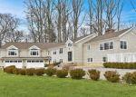 Foreclosed Home en THORNRIDGE DR, Stamford, CT - 06903