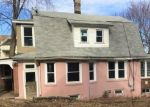 Foreclosed Home en GREENMOUNT TER, Waterbury, CT - 06708