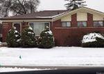 Foreclosed Home en E ROSE AVE, Garden City, MI - 48135