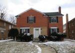 Foreclosed Home en W OUTER DR, Detroit, MI - 48235