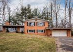 Foreclosed Home en STUART DR, Winchester, VA - 22602