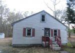 Foreclosed Home en COPPAHAUNK RD, Waverly, VA - 23890